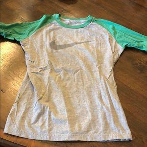 Nike size small baseball style T-shirt 3/4 sleeve